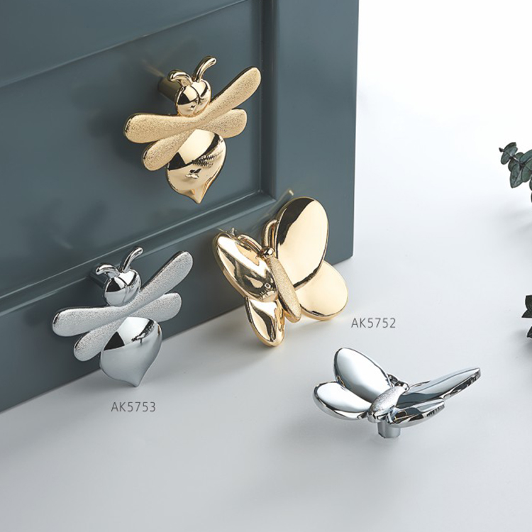 Butterfly-shaped decorative furniture knobs